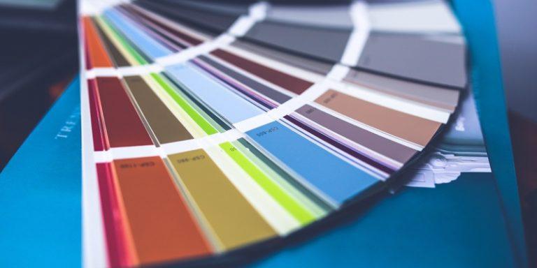 Kleur in interieur en werken met foto's: onze tips!